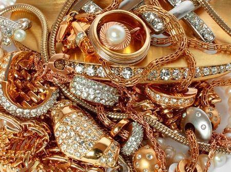 Ювелирные украшения из драгоценных металлов